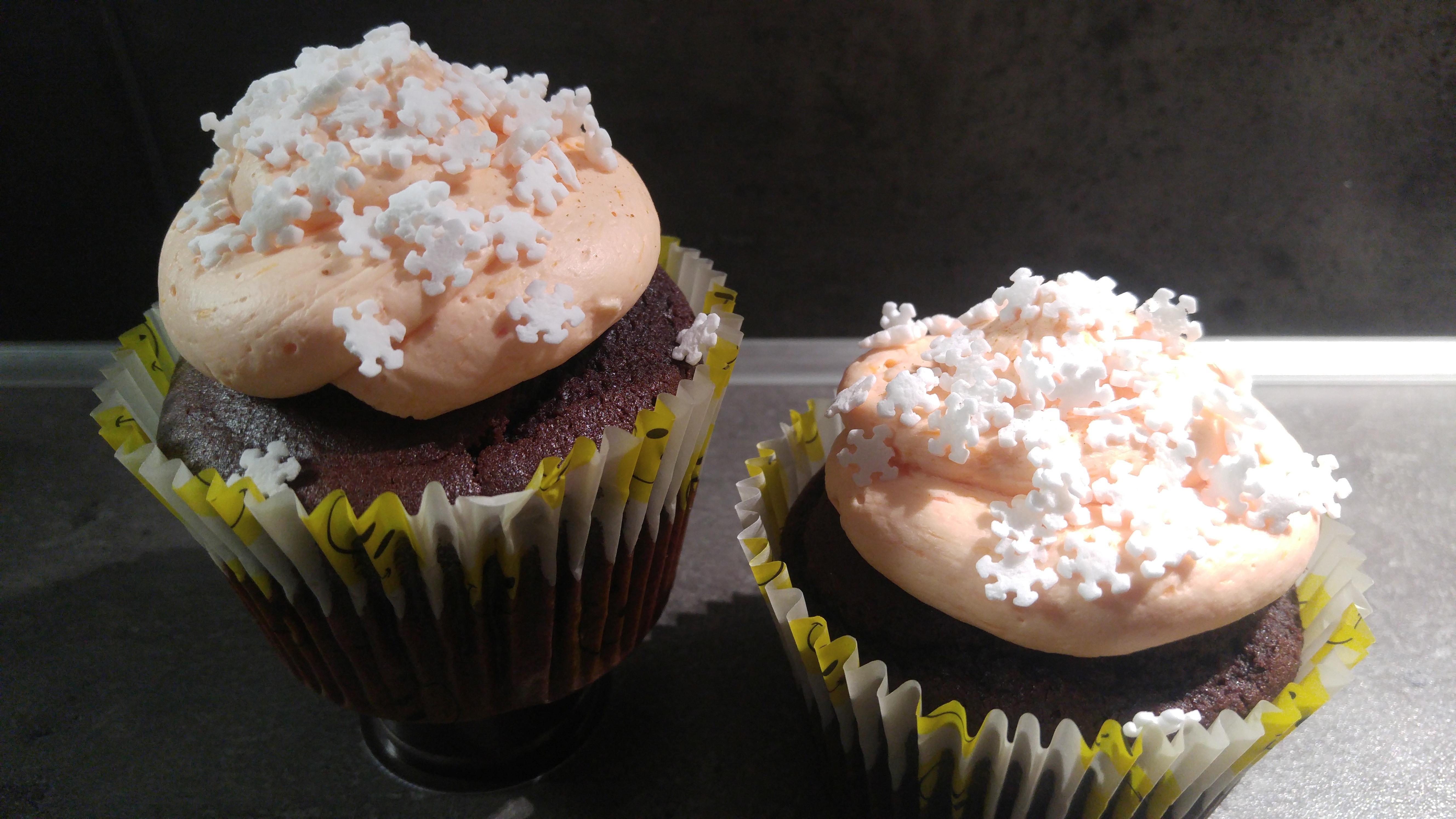 Blutorangenbuttercreme und Rote-Bete-Muffins